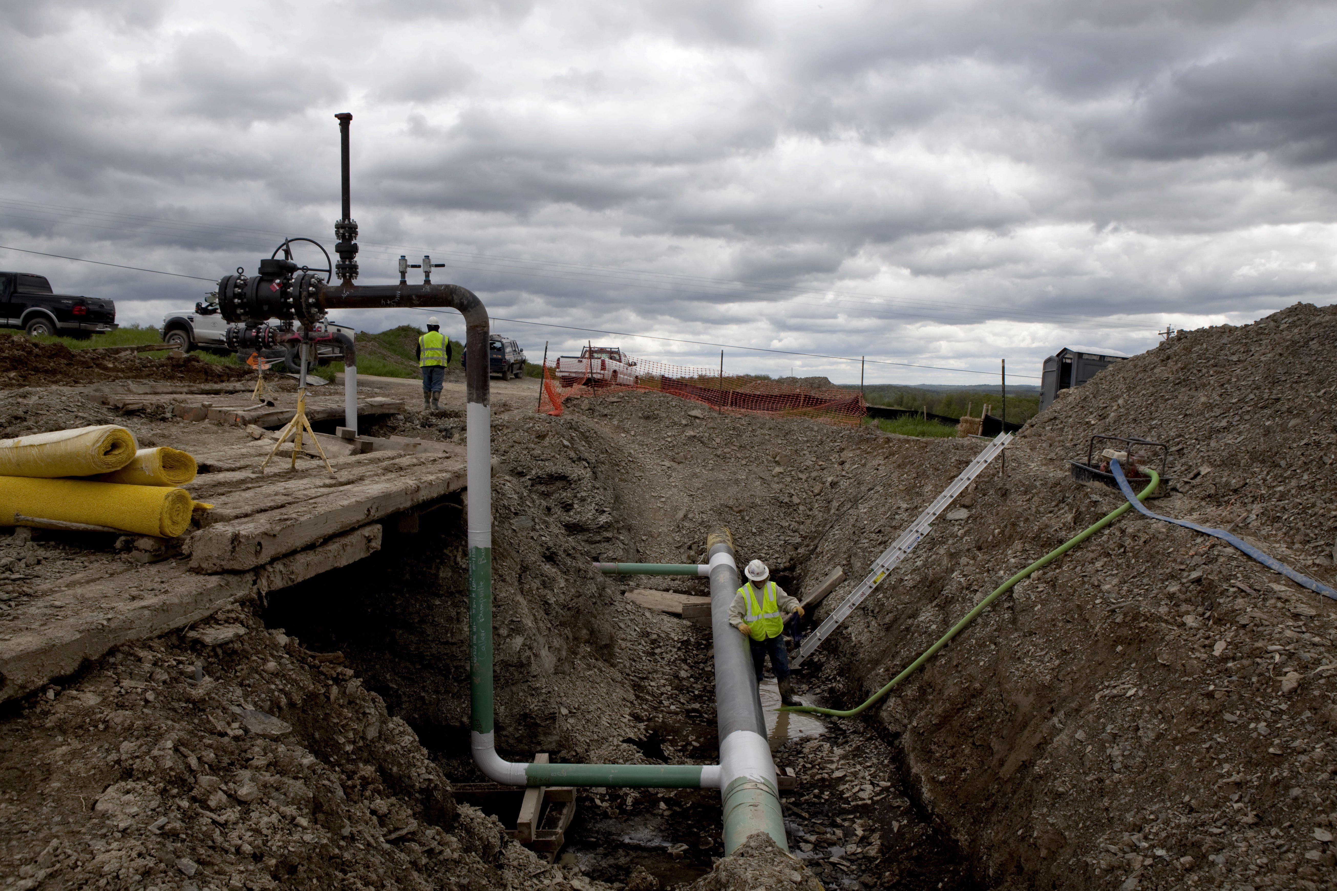 Judge Rules That U.S. Agency Lacks Authority to Regulate Fracking