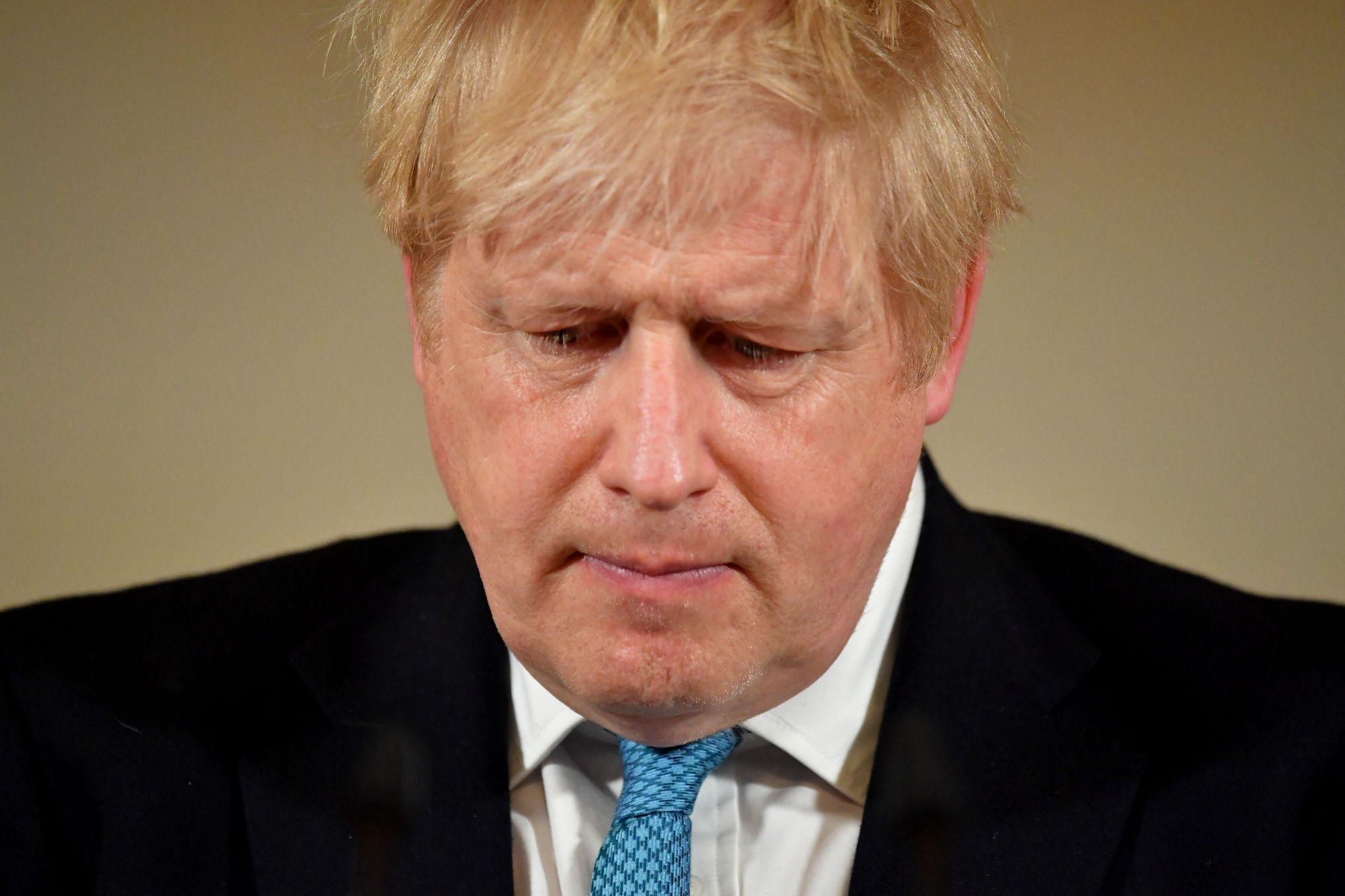 Coronavirus: Boris Johnson moved to intensive care as symptoms 'worsen'