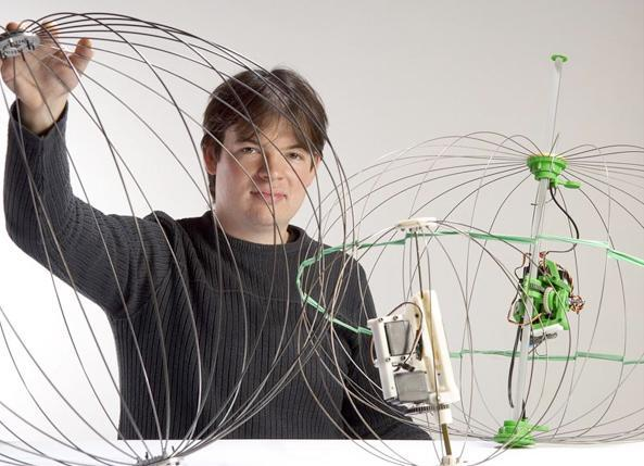Grasshopper-inspired Jollbot rolls, collapses, jumps, won't mutate and attack Chicago