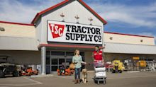 Tractor Supply Is Still Building Traction: 3 Top Q2 Results Takeaways