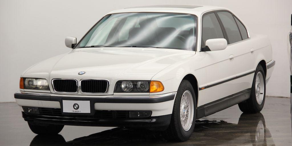 Capitalize on Cheap '90s BMW Prices With This Super-Clean 7-Series