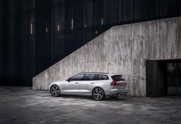 2021 年式 Volvo S60、V60 正式抵台,MHEV、PHEV 動力升級登場