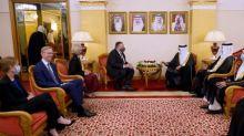 Pompeo continua no Bahrein viagem para aproximar Israel aos países árabes