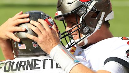 Brady gets first Tampa win, Bucs thump Panthers