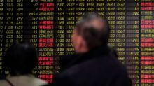 Índices acionários da China e iuan caem com proximidade de prazo das tarifas dos EUA