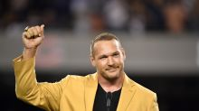 Bears distance themselves from Brian Urlacher's Instagram post criticizing Jacob Blake protests