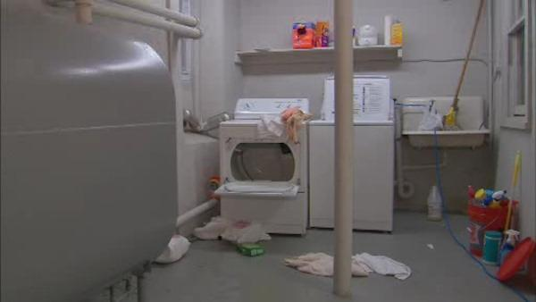 Burglar caught hiding in homeowners' clothes dryer