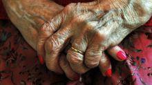Por que alguns idosos estão considerando o suicídio como opção para o fim da vida – e por que isso gera controvérsias