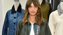 El abrigo que dio la vuelta al mundo en los 2000 vuelve a estar de moda