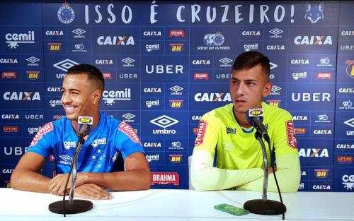 Jovens da base buscam se firmar no elenco profissional do Cruzeiro