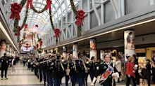 American Airlines and United Airlines show their heart for the holidays