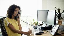 Cuidado con las charlas por teléfono, pueden costarte el empleo