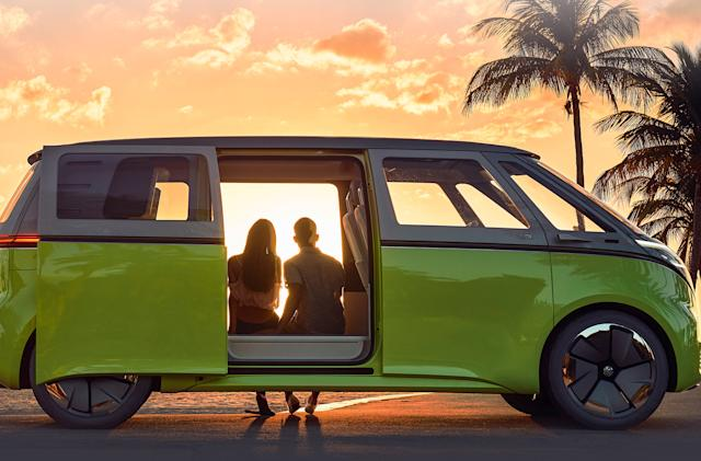 VW's electric ID.Buzz Microbus will hit the US in 2023