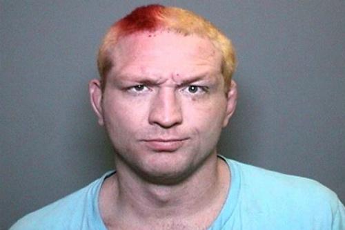 Foto oficial de Miller quando foi preso - Cortesia do Departamento de Polícia de Irvine