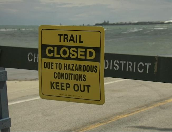 Chicago Weather Watch Live: Portion of Lakefront Trail closed due to high  waves on Lake Michigan