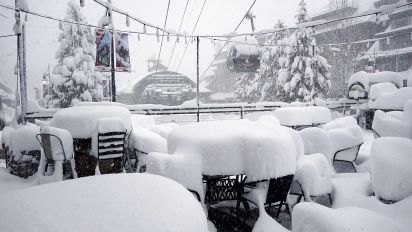Calif. skiers stalled by too much of a good thing