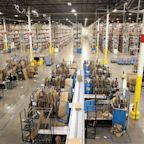New York Amazon warehouse employees push to unionize
