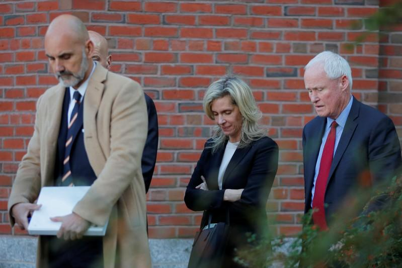 Parenting guru gets three weeks in prison in admissions scam