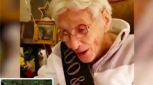 """""""La Roca""""cumple el sueño de esta ancianita por su 100 cumpleaños"""