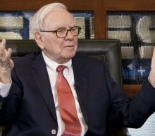 Berkshire Trims Apple, Sells Oracle and Buys Big Banks
