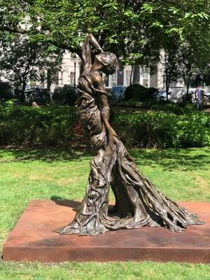 Sculpture to Honour Lai Dai Han and Victims of Sexual Violence Installed in Central London