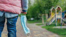 Kinder sollten auf Spielplätzen keine Halstücher als Masken tragen