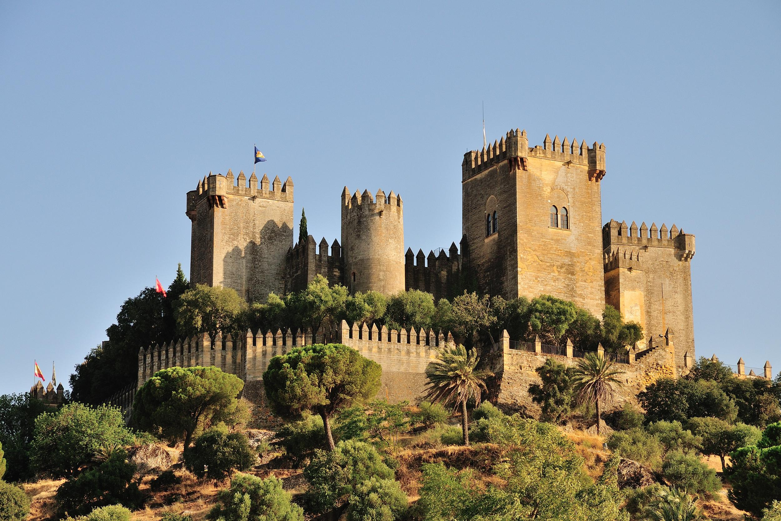 """<p><strong>GOT location</strong>: Highgarden</p>  <p><strong>Real life location</strong>: Almodóvar Castle, Andalusia, Spain</p>  <p>Take a trip to the home of the Tyrells by visiting Highgarden -- which is reallyAlmodóvar Castle in Spain.</p>  <p><strong><a href=""""https://fave.co/2PdAjex"""">Book your trip.</a></strong></p>"""