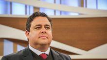 OAB considera 'execrável' tentativa da PF de entrar em escritório de advogado de Lula