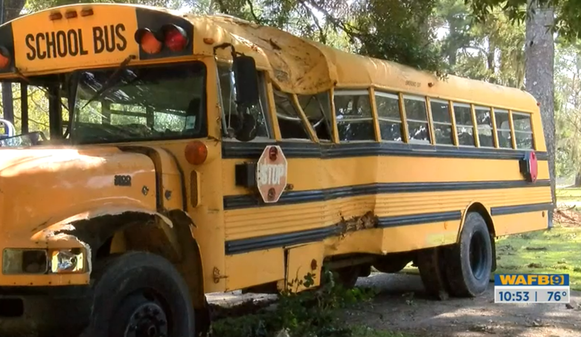 11-year-old steals school bus, leads police on chase before crash, Louisiana cops say