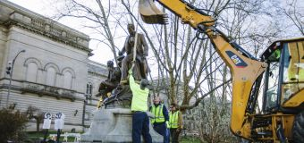 'Oh! Susanna' songwriter's statue removed