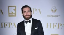 Jake Gyllenhaal loves his own pictures
