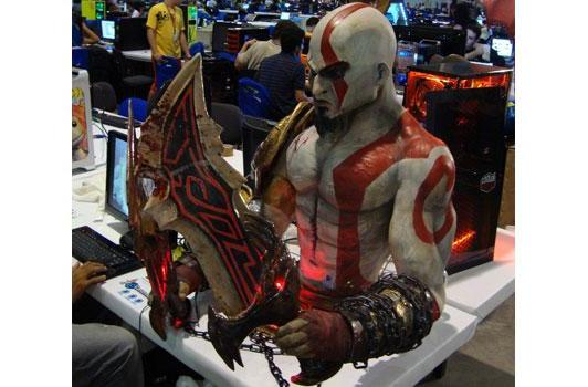 Kratos casemod can bring 'God of War' to your desktop... if you really want that