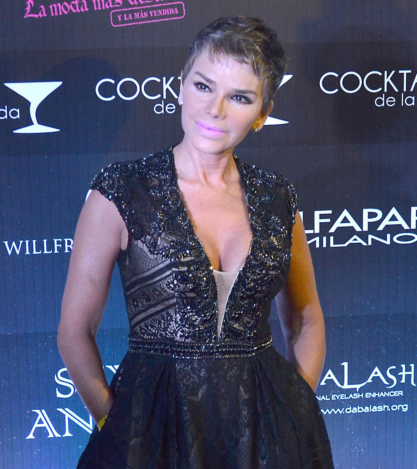 Roxana Chavez Nude Photos 48