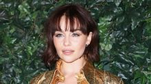 """Emilia Clarke doesn't know ANYTHING about how """"Game of Thrones"""" ends"""