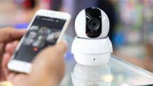 Empleados de Amazon revisan imágenes de cámara en el hogar
