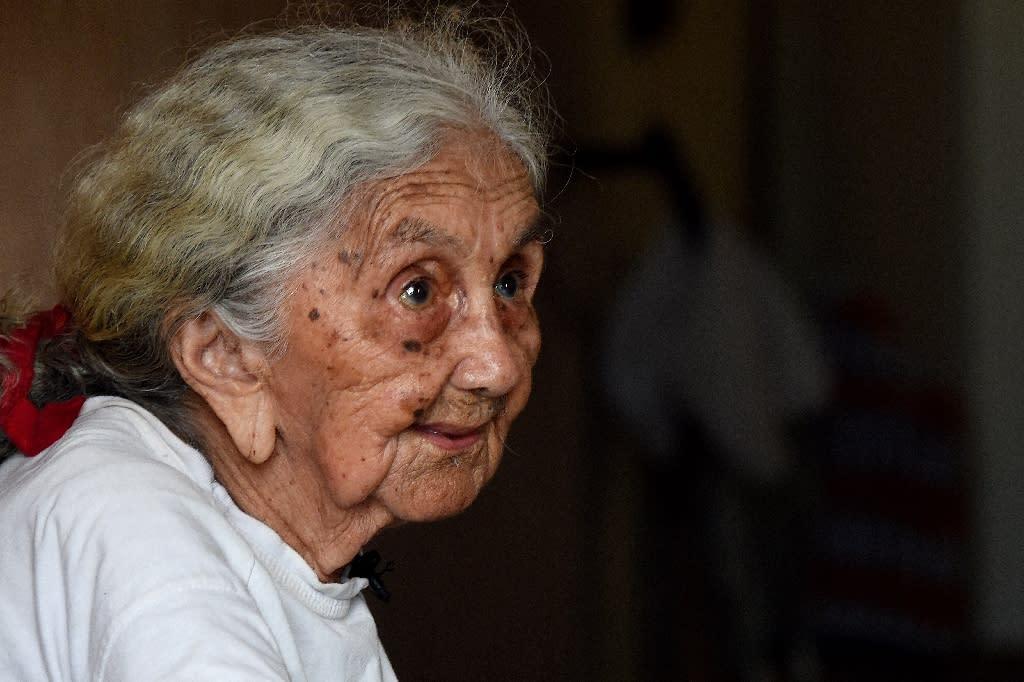 "Carmela Gomez Pinheiro, 96, a survivor of the 1932 drought ""concentration camps"" speaks to AFP in Senador Pompeu, Ceara State (AFP Photo/EVARISTO SA)"