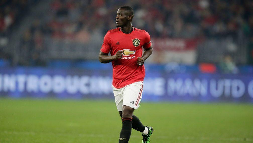 Report: Manchester United considering extending Bailly