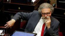 """Un senador kirchnerista insistió en debatir una """"regulación"""" de las redes sociales y Patricia Bullrich lo cruzó"""