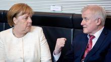 Seehofer wirbt für Anti-Merkel-Allianz