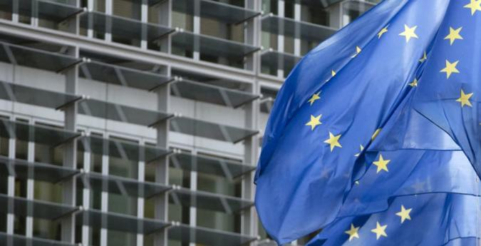 Europe to scrap roaming charges, protect net neutrality