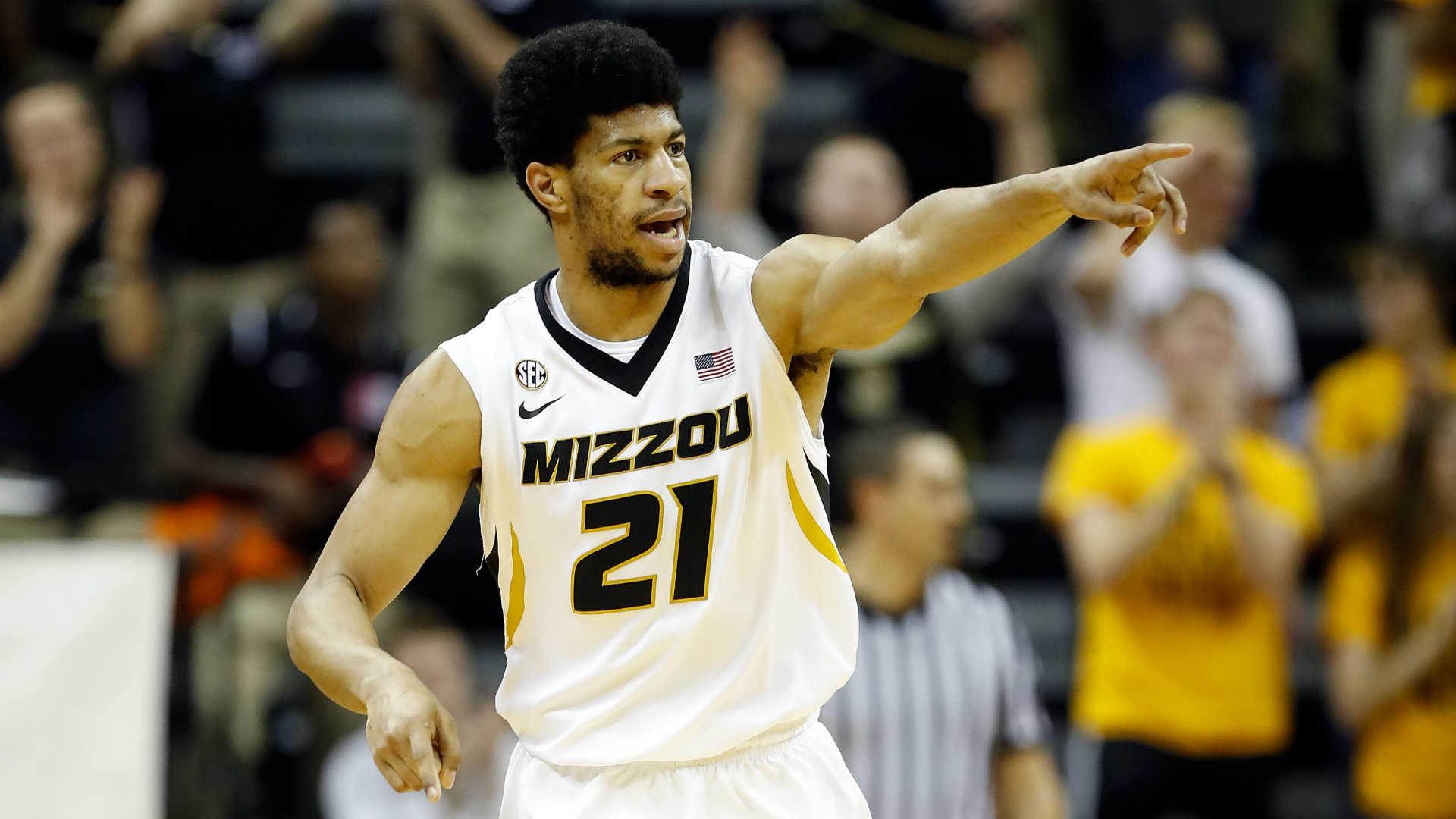 Missouri F Jordan Barnett suspended for NCAA Tournament opener after DWI arrest
