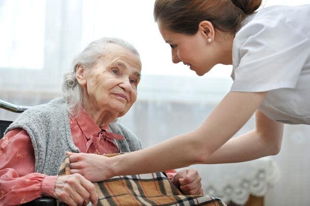 Con empresas como Home Instead Senior Care contratando nuevos trabajadores  a ritmo de 45.000 nuevas altas en 2012, cada vez hay más desempleados que  buscan ...