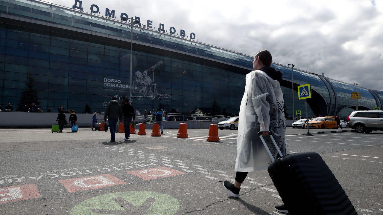Russia blocks flights that avoid Belarusian airspace