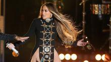 El revelador vestido de Jennifer Lopez