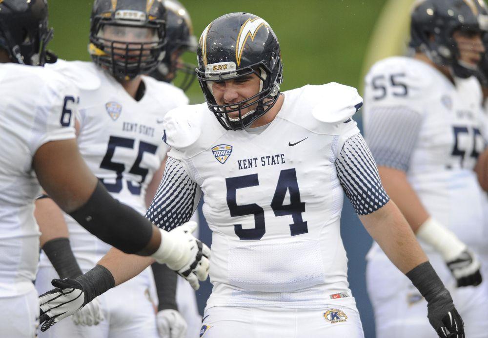 Kent State '54' helmets to honor deceased teammate