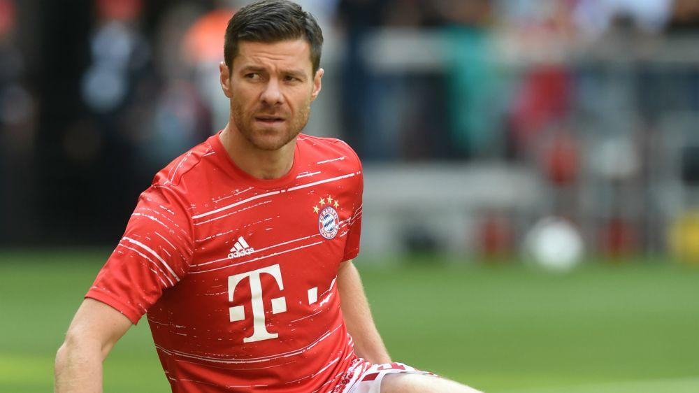 Xabi Alonso FC Bayern 01102016