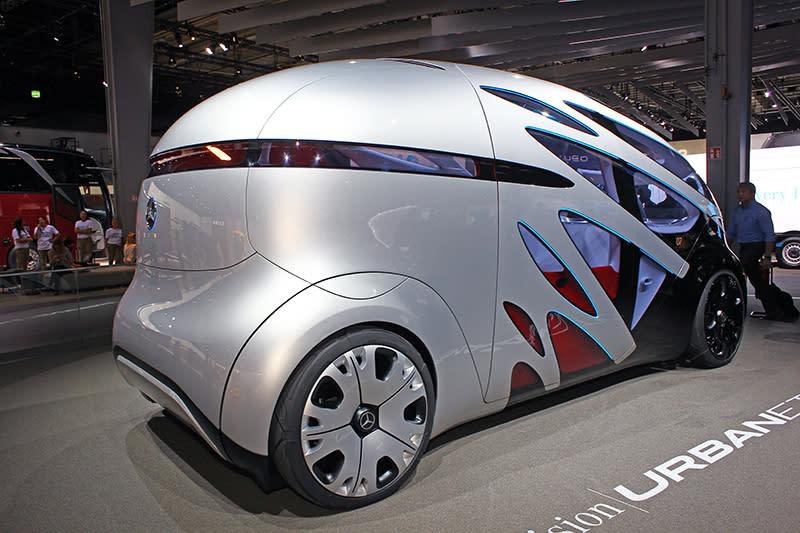 Mercedes- Benz Vision Urbanetic具備模組化車體,可依需求換置不同的車廂,照片是MPV形式。