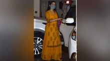 Sara Ali Khan Visited Kareena Kapoor Khan House In Yellow Kurta