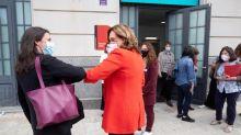 """La ministra Montero ve """"preocupante"""" la fusión entre CaixaBank y Bankia"""