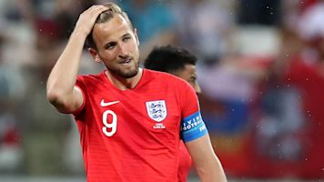 Kane, England avoid another slow World Cup start